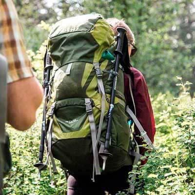 تنظیم کوله پشتی بر روی بدن کوهنورد