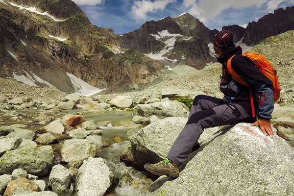 البسه در تجهیزات کوهنوردی